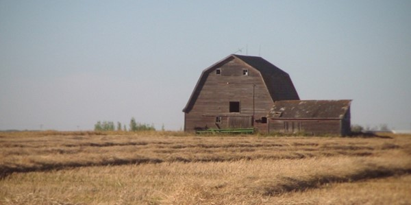 country-buildings-576